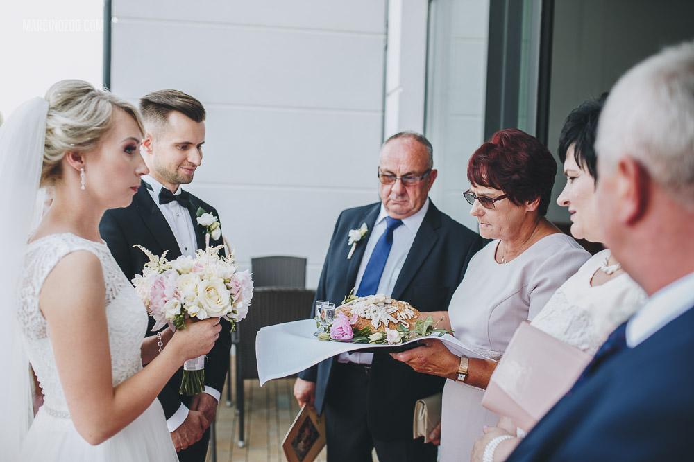 Wesele w Hotelu Łańcut - tradycyjne przywitanie